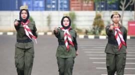 Kostum Perjuangan di Upacara Peringatan Hari Pahlawan